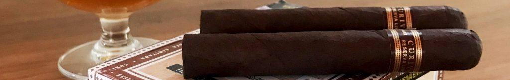 Curivari Cigars - Para Curivari, el puro hecho a mano es el «»resumen»» de la cultura del tabaco. En todos sus puros, utilizan sólo el proceso tradicional de elaboración de puros cubanos con auténtica semilla cubana cultivada en Nicaragua. Desde el cultivo y la crianza, saben que cada detalle marca la diferencia. Durante este tiempo, cada hoja ha sido tocada por las manos de su gente hasta su completa madurez.